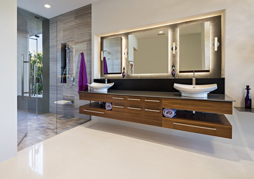 0029 - Master Bathroom.jpg