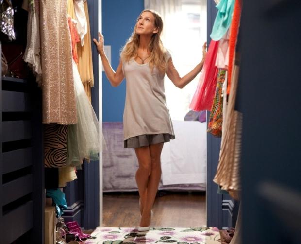 fashion-2015-05-carrie-bradshaw-closet-picture-main.jpg