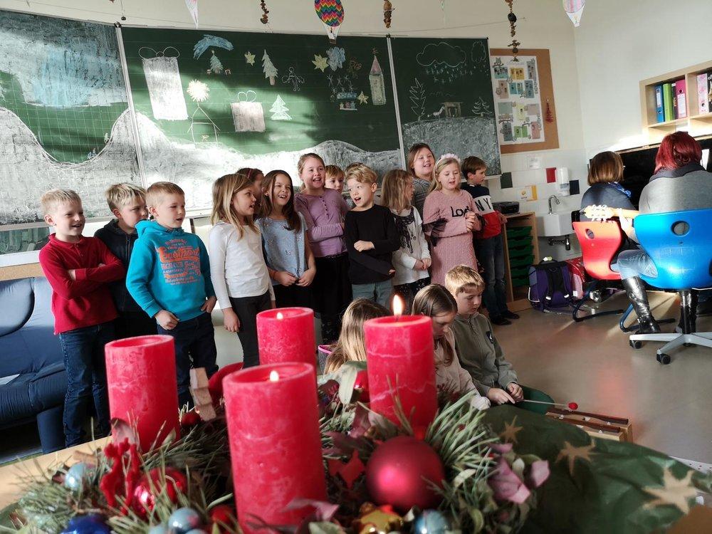 Die Kids der 3. Klasse präsentierten ein gelungenes Programm!