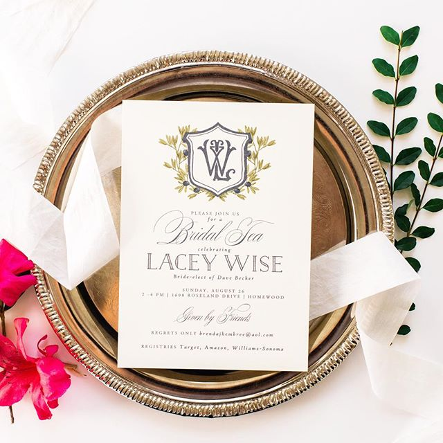 Monograms. We love them so much and love the way they look on top of any invitation!  Paired with a crest and wreath, it's sophisticated and feminine! . #celebratelifeonpaper #custominvitations