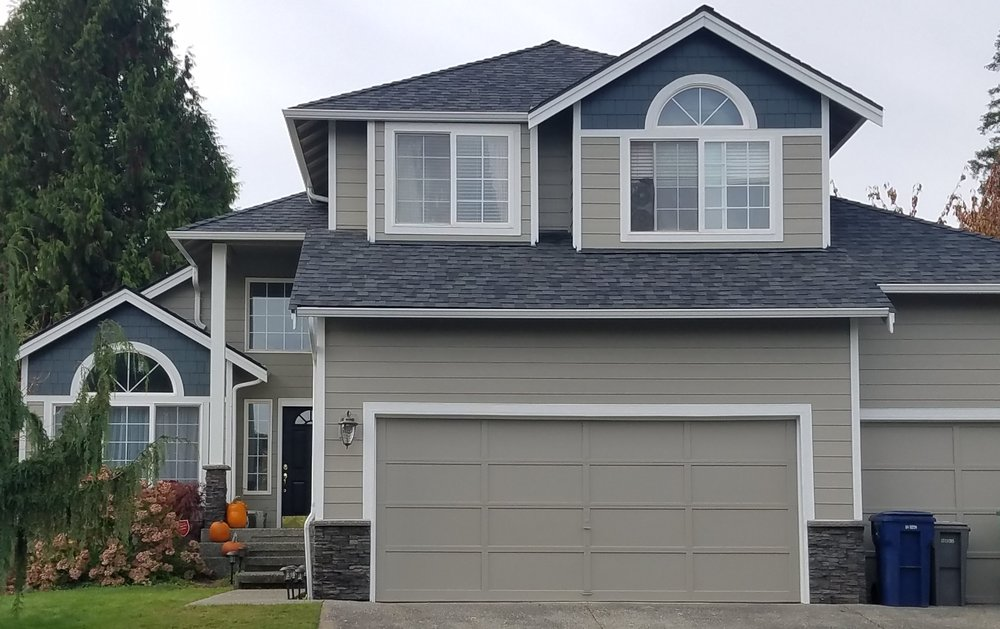 Shown here: Monterey Taupe Hardie Plank + Iron Gray Hardie Shingle + Arctic White Hardie Trim