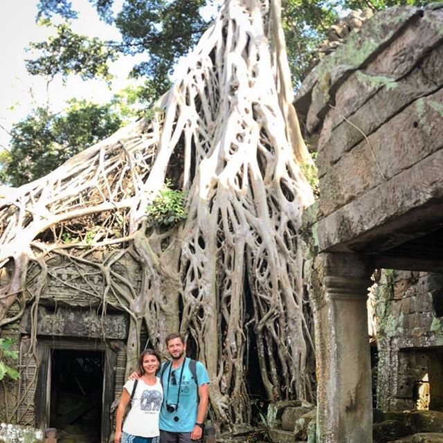 Tomb Raiders for the day 🏃🏻‍♀️🍃🏃🏽‍♂️ #angkor #cambodia #visitcambodia #instagood #travel #couple #architecturephotography #temple #southeastasia #saraenick2018 #tree #history #wayakena #wanderlust #magnificent #ourlonelyplanet #bbctravel #welivetoexplore #travelblogger #mytinyatlas #doyoutravel #passionpassport #asia #tombraider #archeology #laracroft #movie