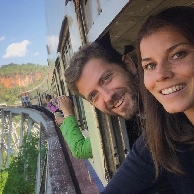 Vertigoooo!!! 🚞😱 #train #burma #myanmar #gokteik #bridge #engineering #architecture #wayakena #architect #heights #asia #southeastasia #adventure #couplesgoals #couple #smile #visitmyanmar #lonelyplanet #pechinoexpress #bbctravel #natgeo #natgeotravelpic #travel #wanderlust #mytinyatlas #welivetoexplore #travelblogger #flashesofdelight #roamtheplanet