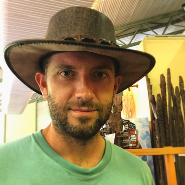 My Crocodile Dundee 🐊! #australia #darwin #northernterritoryaustralia #northernterritory #wild #nature #hat #crocodile #aussie #australian #husband #love #adventure #wayakena #australiagram #travel #wanderlust #photography #design #lonelyplanet #bbctravel #pechinoexpress #stayandwander #roamtheplanet #mytinyatlas #kakadu #outdoors #tourism  #turistipercaso