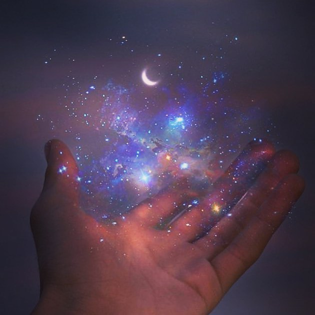 :: reconnect to the universe :: 4 slots left for Reiki with @nicolelynnehooley in Brooklyn this week: •Today at 3pm & 4pm •Tuesday at 10am & 11am  Book using our website link in our bio!  #reiki #healing #empowerment #remembering #alignment #selflove #theuniverse #youaretheuniverse #aswithinsowithout