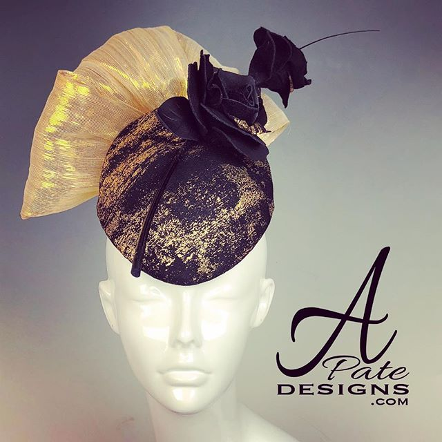 Teardrop button w metallic threaded silk abaca and quill w black leather and gold roses. www.apatedesigns.com #hatmaker #millinery #cotoure #custom #fascinator #racedayfashion #fashion #runway #designer #royalascot #hat #bespoke #runwayfashion #sydney #melbourne #london #losangeles #newyork #paris #miami #blackandgold