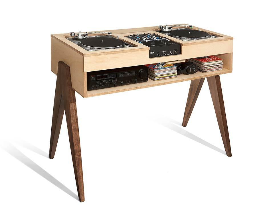 DJ-Stand-9496-2_1024x1024.jpg