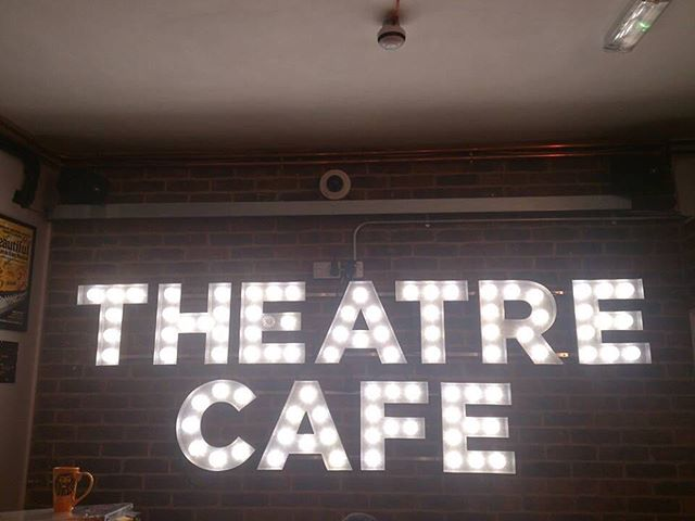 We're LIVE at facebook.com/theatrecafe with @lysmartyn and @wademccollum right now!  #takeme2keywest #london #theatrecafe