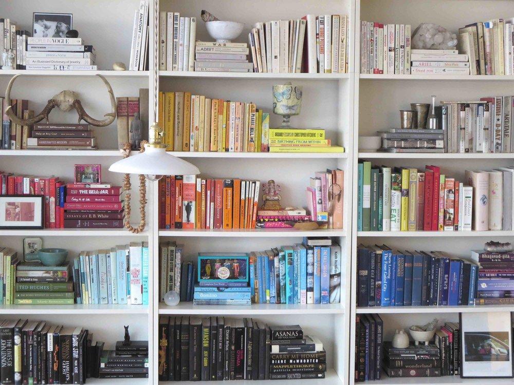 custom-made bookcase shelves