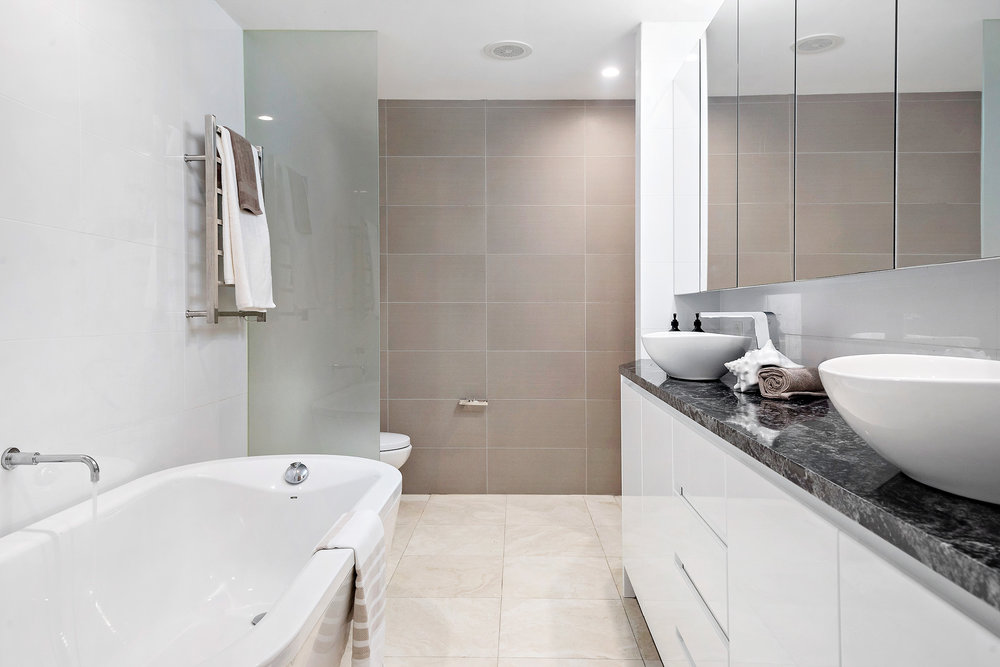 1.44-stanton-rd-mosman-bathroom-low.jpg