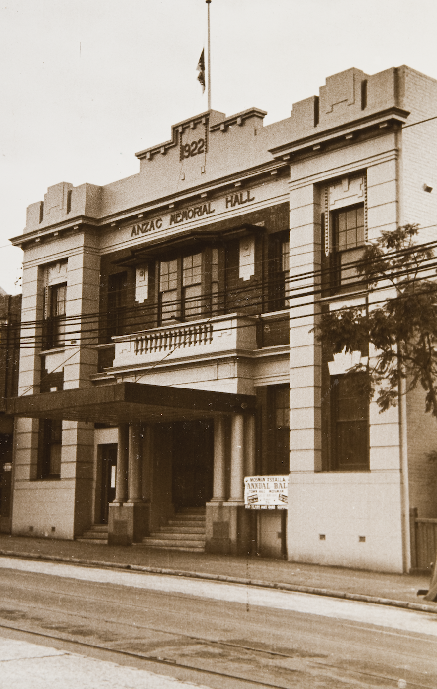 The Kings Theatre resided in Mosman's Anzac Hall (now Country Road)
