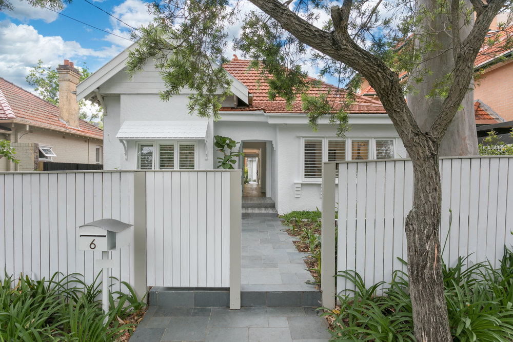 6 Lang St is auctioned on Dec 6 with McGrath's Piers van Hamburg.