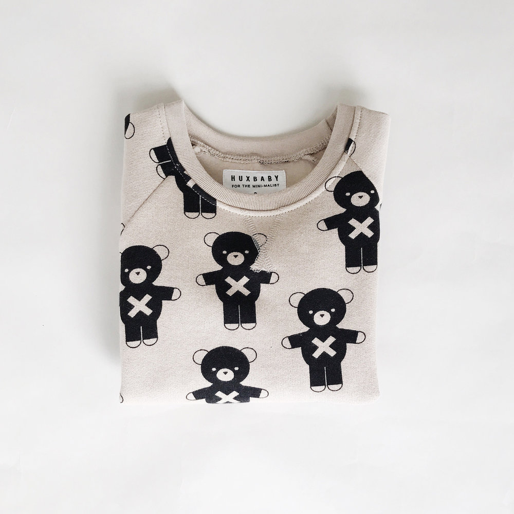 This is the 'natural soldier bears fleece sweatshirt' from our TS/17 collection! What's your favourite Huxbaby design?