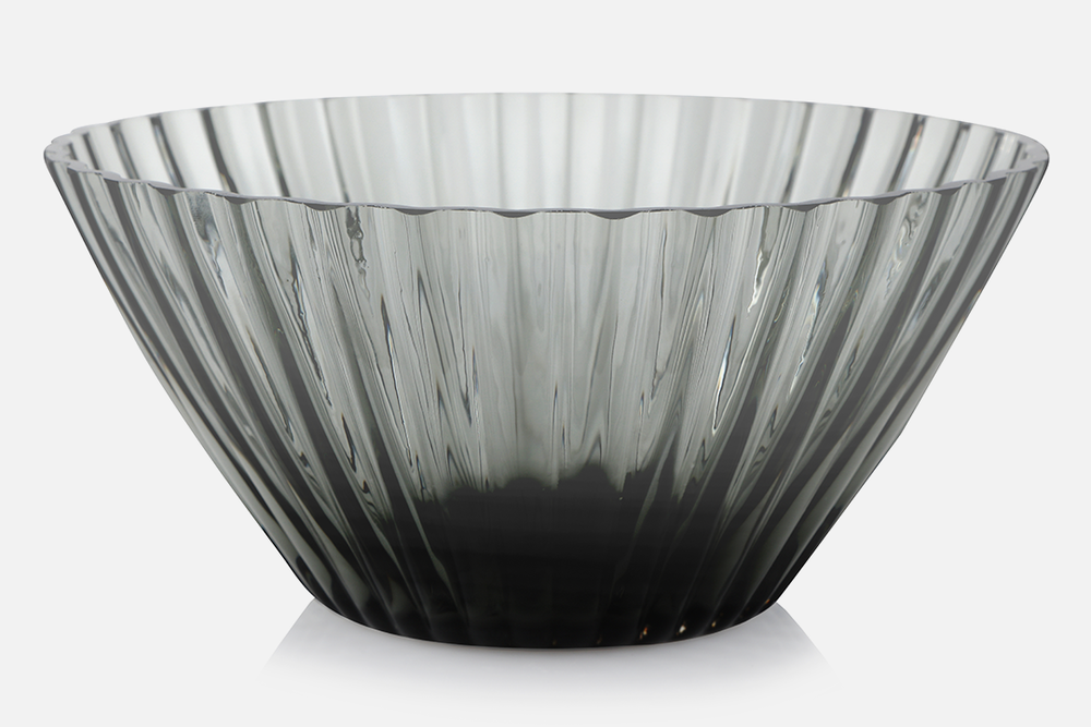 Bowl 20cm - 1 pcs, 20 cmGlass, greyDesign by Christel og Christer HolmgrenArt. no.: 55210