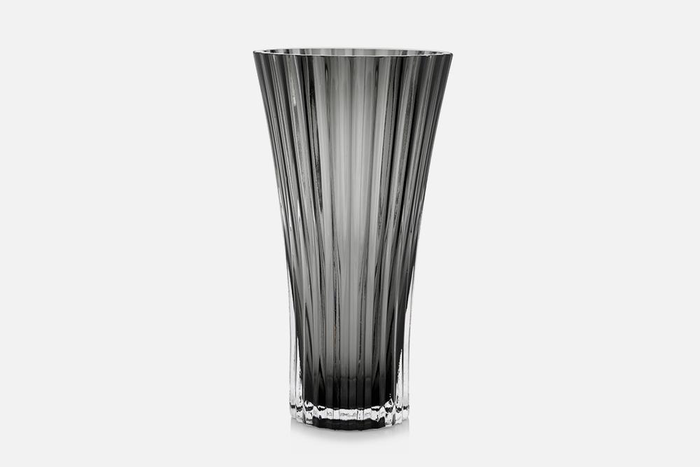 Vase - 1 stk, 23 cmGlas, gråDesign by Christel og Christer HolmgrenArt. nr.: 55206