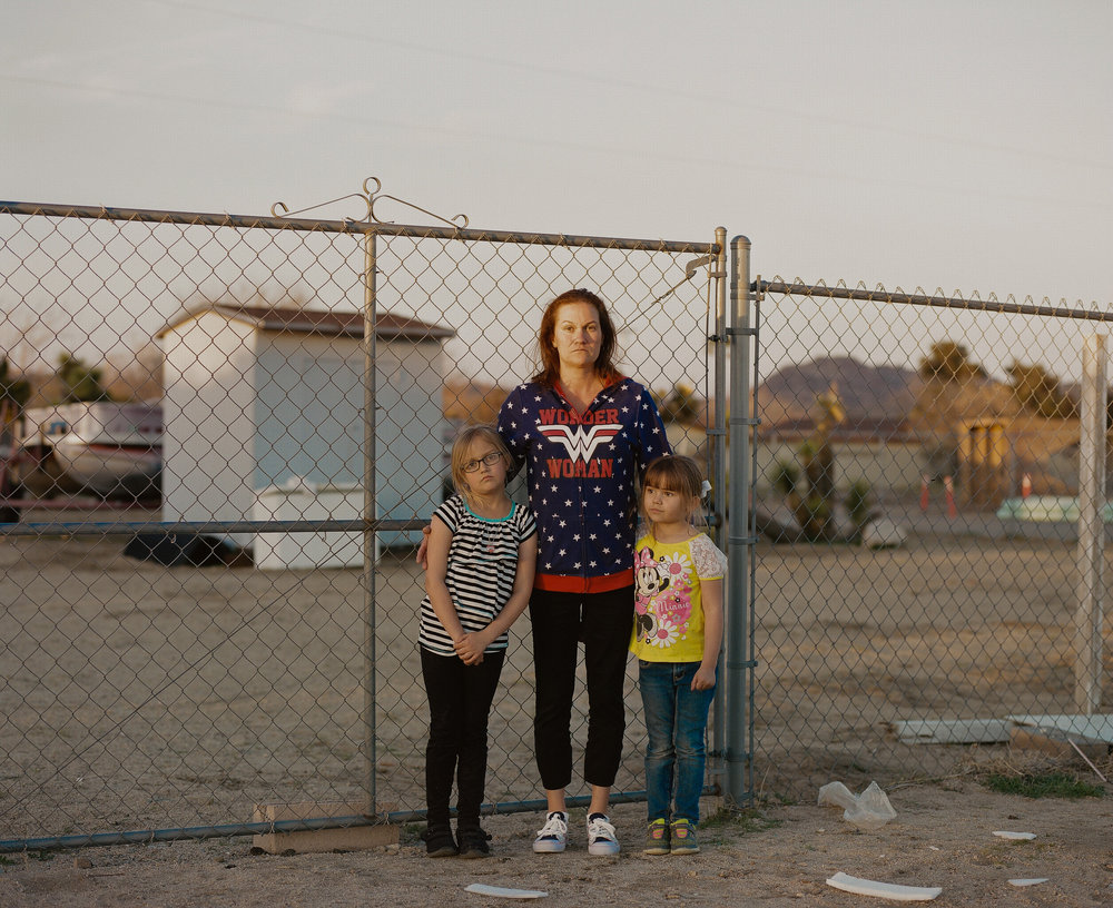 2_Kovi_Konowiecki_Angela and Daughters, Yucca Valley.jpg
