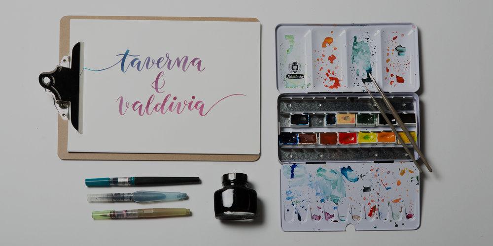 Cal·ligrafia, lettering i aquarel·la.