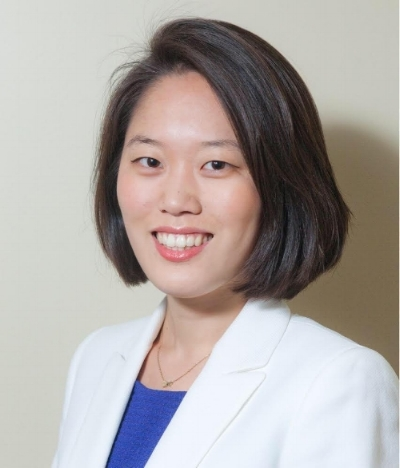 Grace Choi head shot photo.jpg