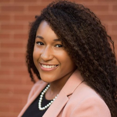 Nadia Creve Coeur - B.A. candidate in International affairsSenior Program Assistant at Women In International Security (WIIS)