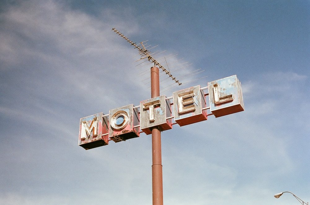 Motel with no Google Adwords Strategy