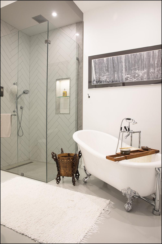 Bathroom Main Floor.jpg