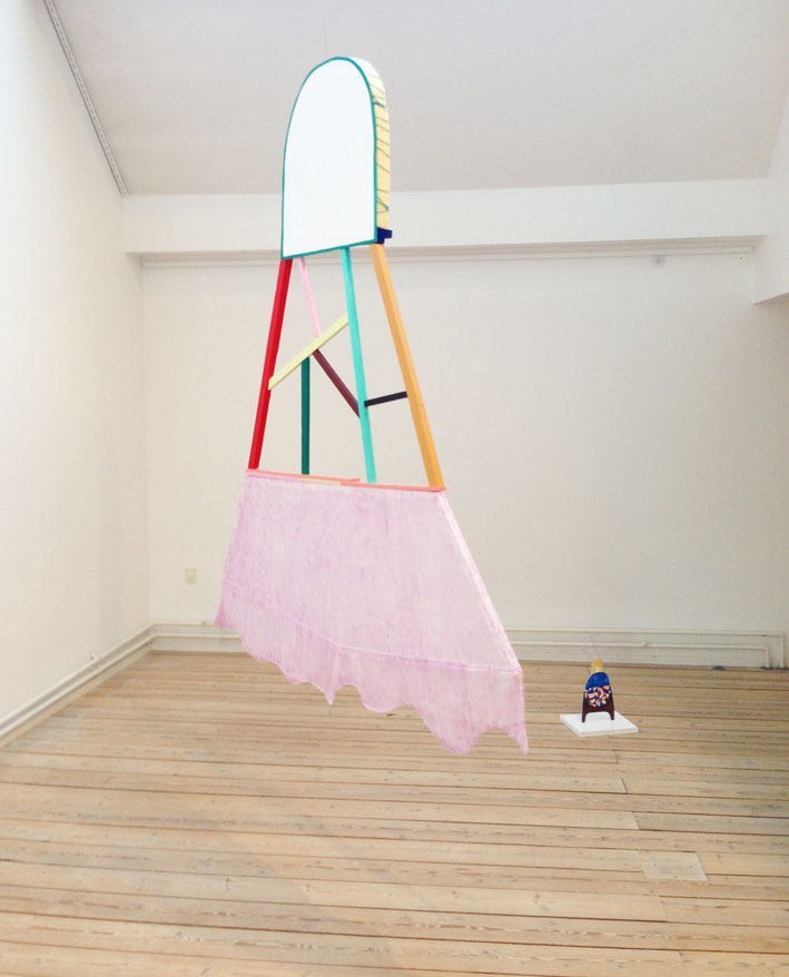 """Dancing queen"" 209 x 171 x 7,5 cm. Woodsticks, textile, acrylic paint, wood, foam, yarn.Cromisterne PAKHUSgalleriet, Nykøbing SJ.2016 -"