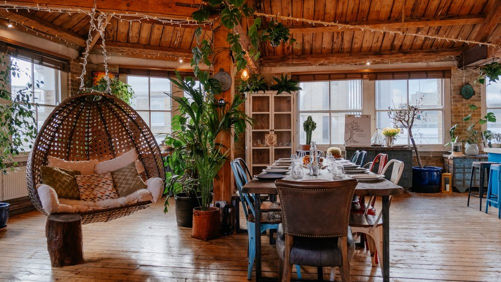 Shoreditch-Treehouse-Breakfast-at-board-meeting-table-Corporate-Hire.jpg