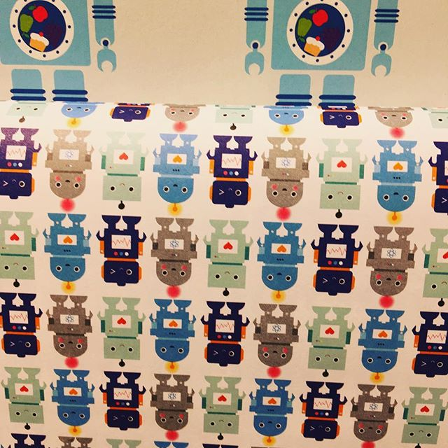 selecting the right gift wrap papper for our new travel bot. ;-) #travelbot #traveltech