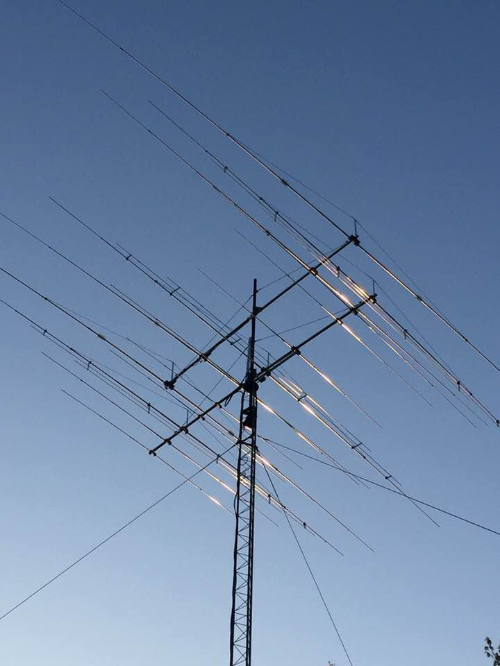- Installed two new antennas with Bobby. GXP 11-5 and Dual 30/40. Really nice combination.