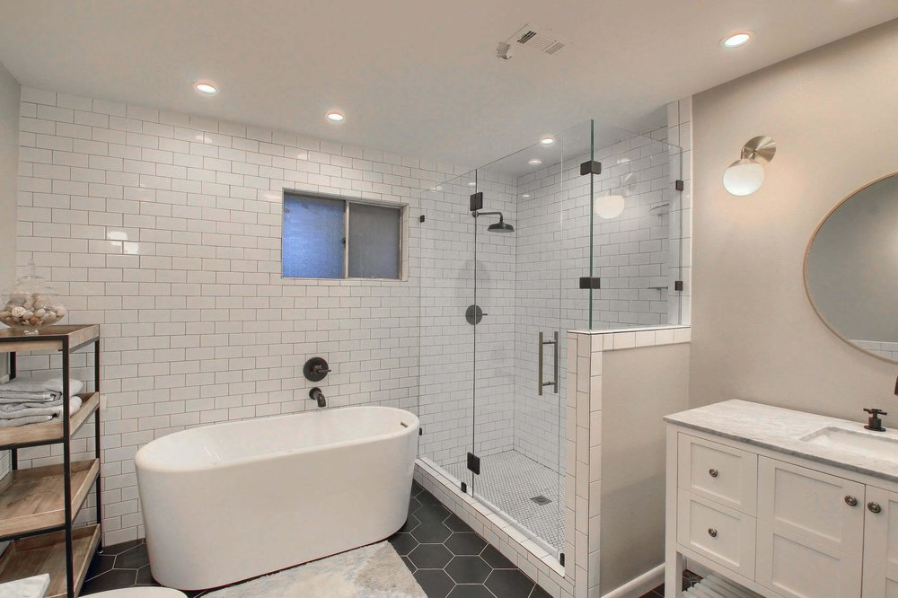 05_Master_Bathroom_IMG_7412.JPG