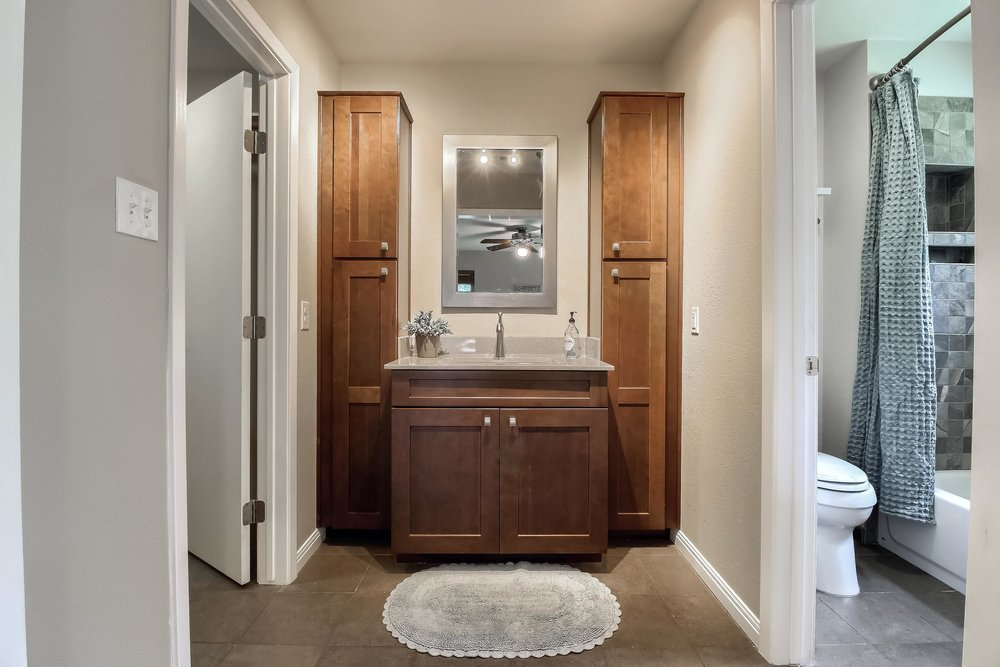 05_Master_Bathroom_IMG_2584.JPG