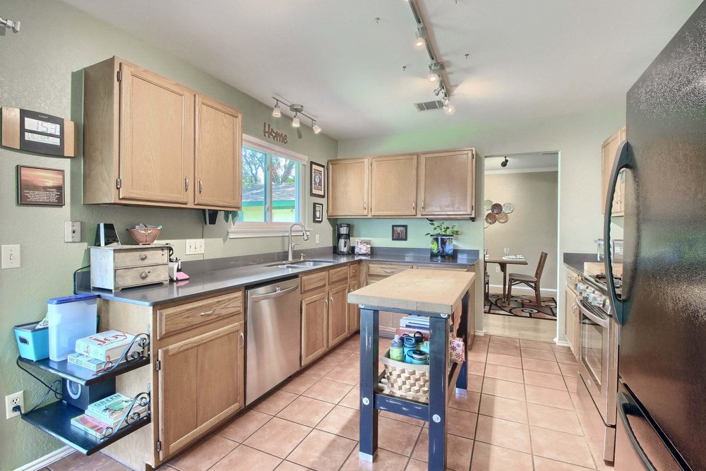 02_Kitchen_IMG_8266.JPG