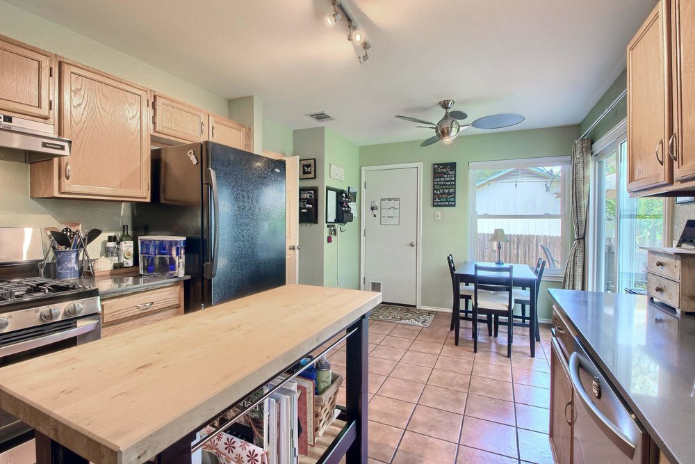 02_Kitchen_IMG_8286.JPG