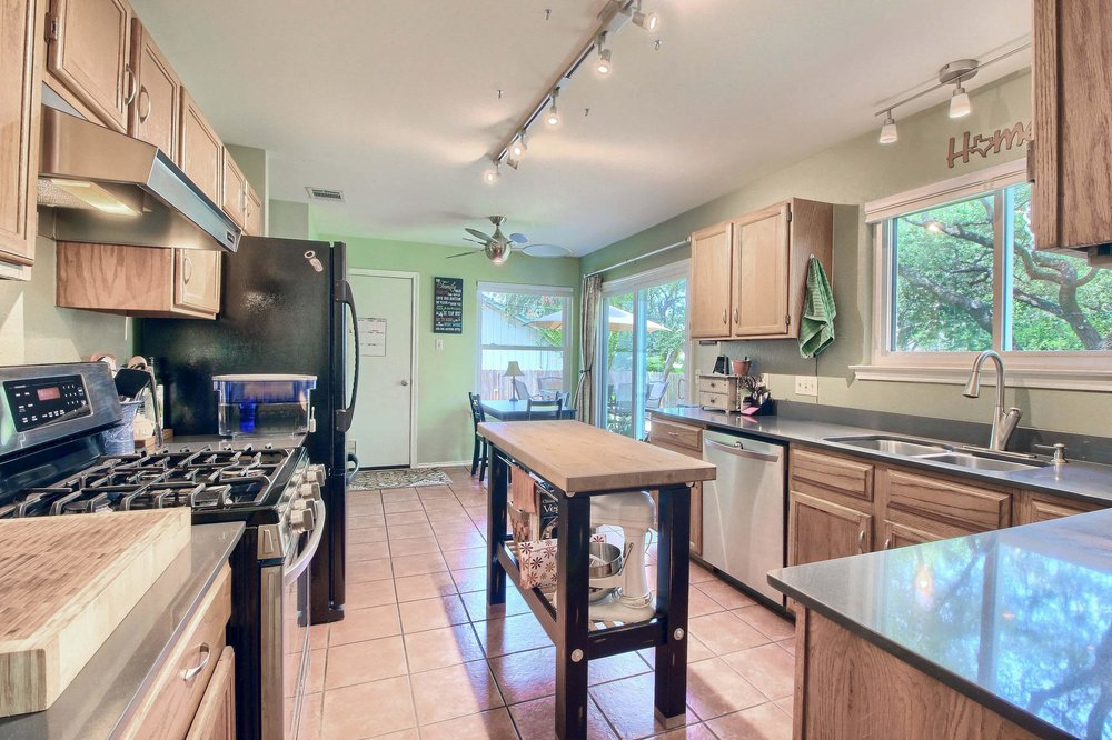 02_Kitchen_IMG_8296.JPG