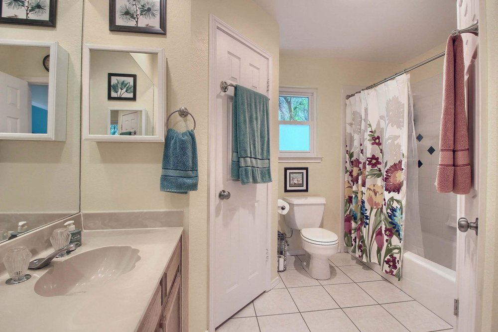 05_Master_Bathroom_IMG_8126.JPG