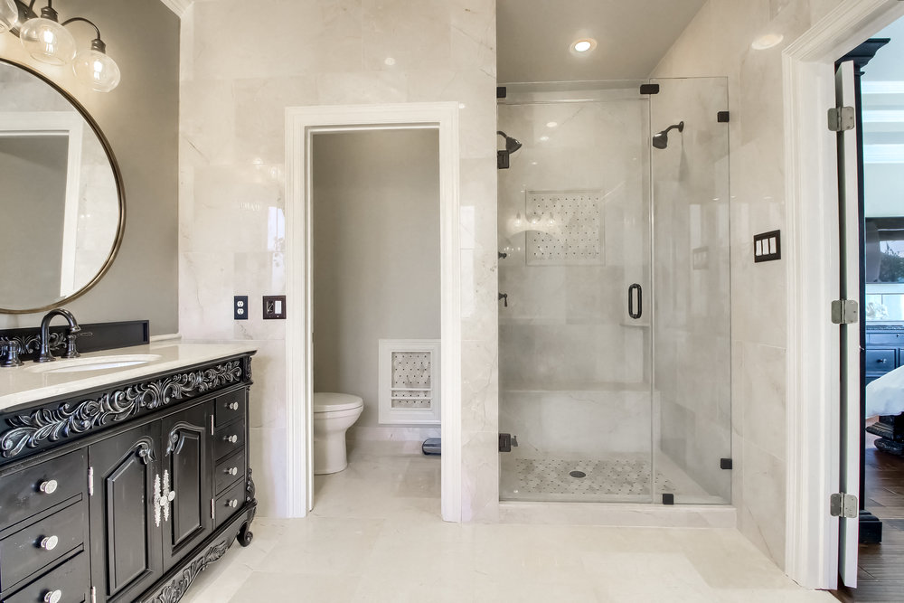 05_Master_Bathroom_IMG_4927.JPG