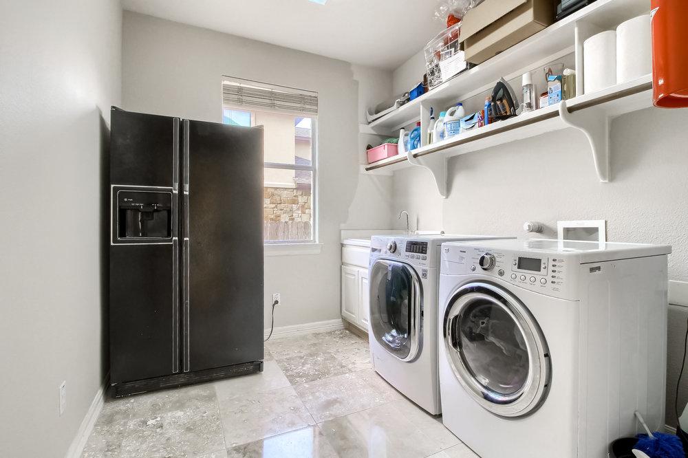 13_Laundry_Room_IMG_5192.JPG