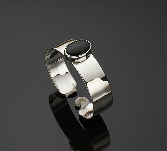 Oval Black Onyx Cuff