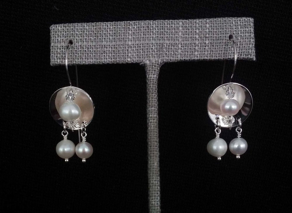 Silver Disc Pearl Earrings