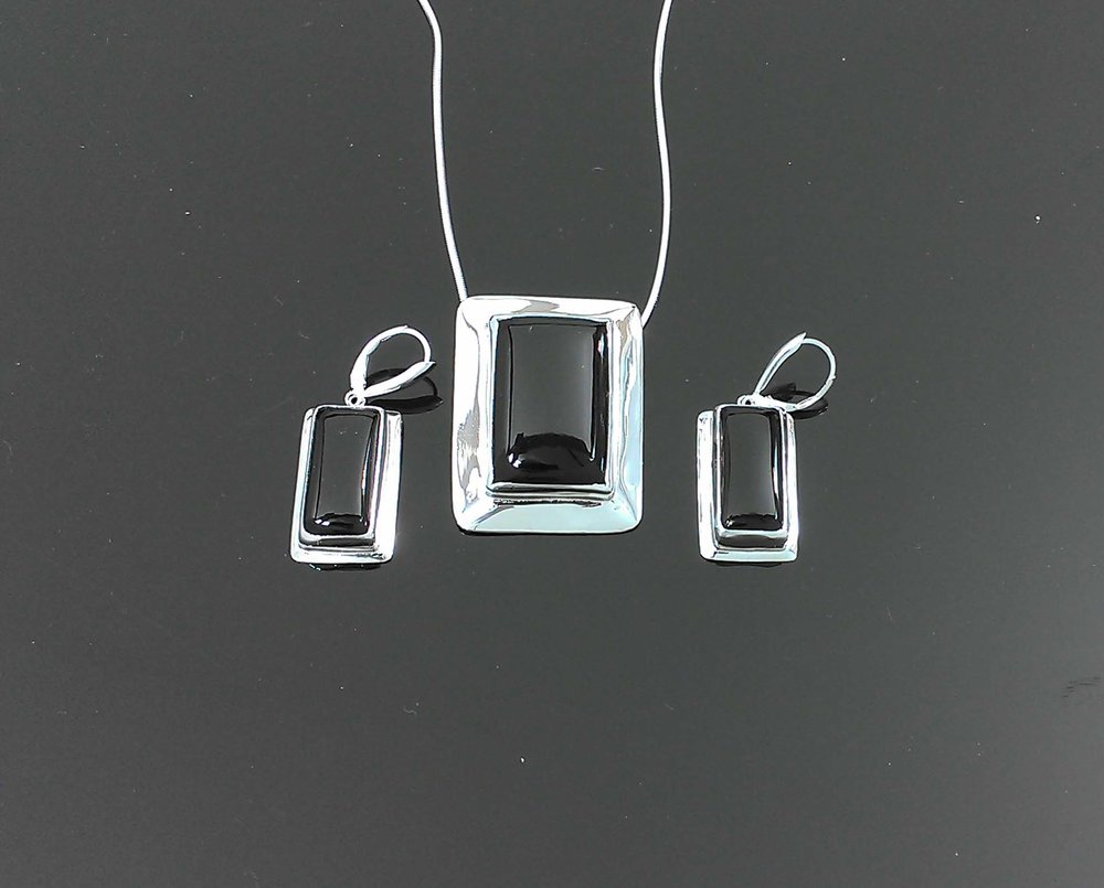 Black Onyx Pendant Set