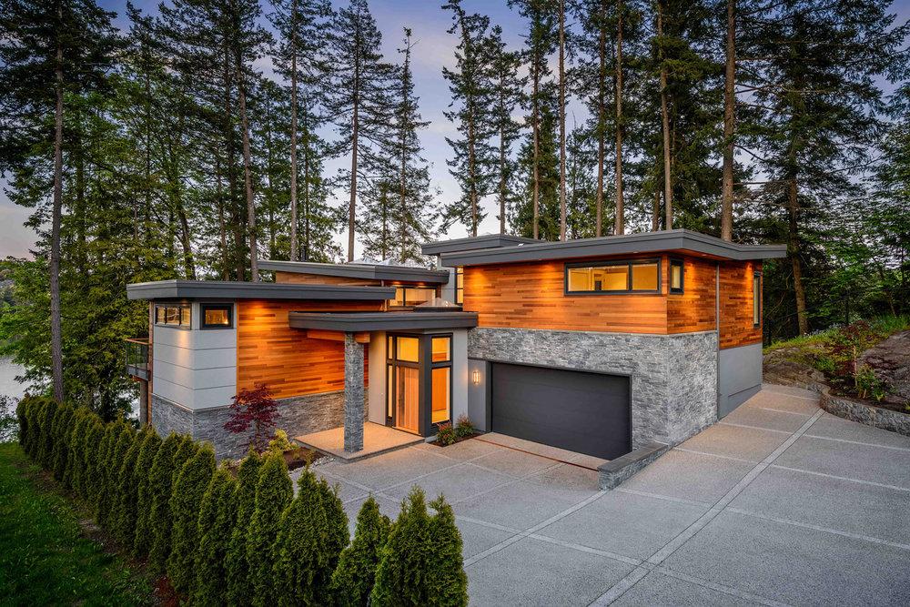 Pacific Northwest Stone - Black Pearl Ledgestone