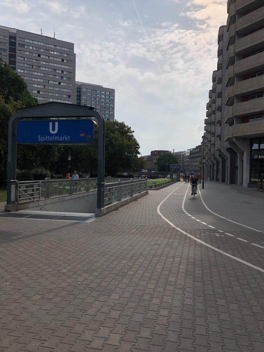 Berlin-Metro-Commute