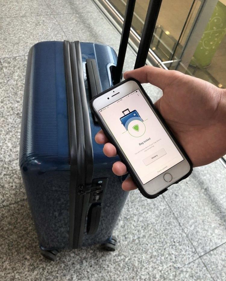 Lantrn-Suitcase