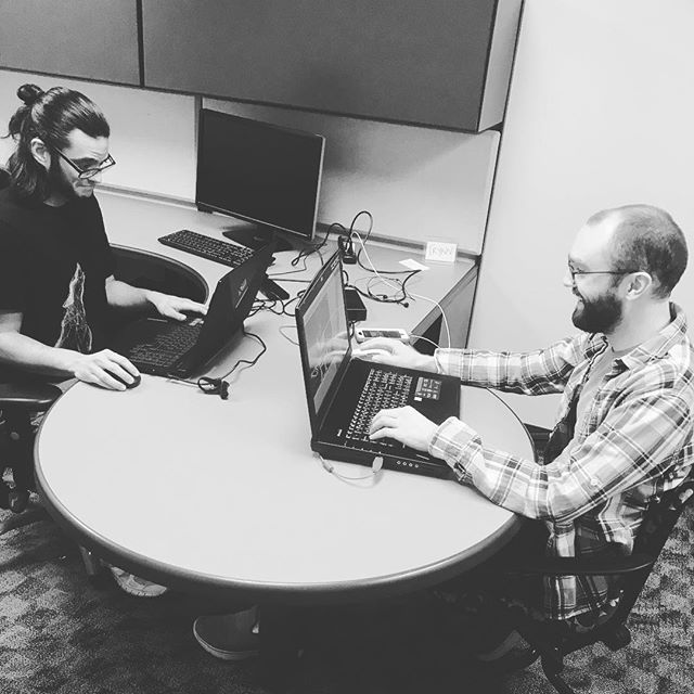 I guess we are kind of working hard? Also who believes this picture was not staged? It actually wasnt :P. What a great team! #studiofire #unboxed #gamedev #gamedesign #indie #indiegames #indiestudio #team #hardatwork