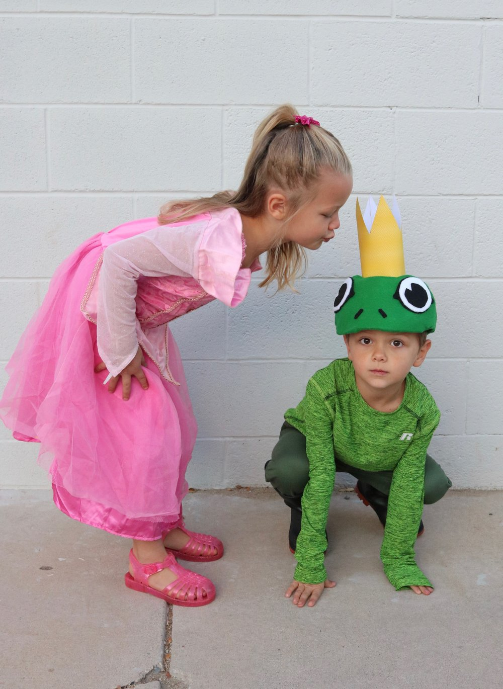 DIY Frog Prince and Princess Halloween Costume