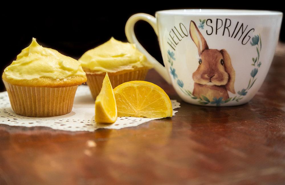 Lemon Cupcakes-7_1resized.jpg