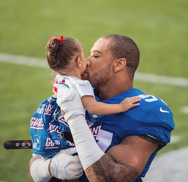 More of THIS, this season❤️ Same state, Different team So happy for my hunny! @buffalobills #billsmafia 🏈🏈🏈🏈🏈🏈🏈🏈