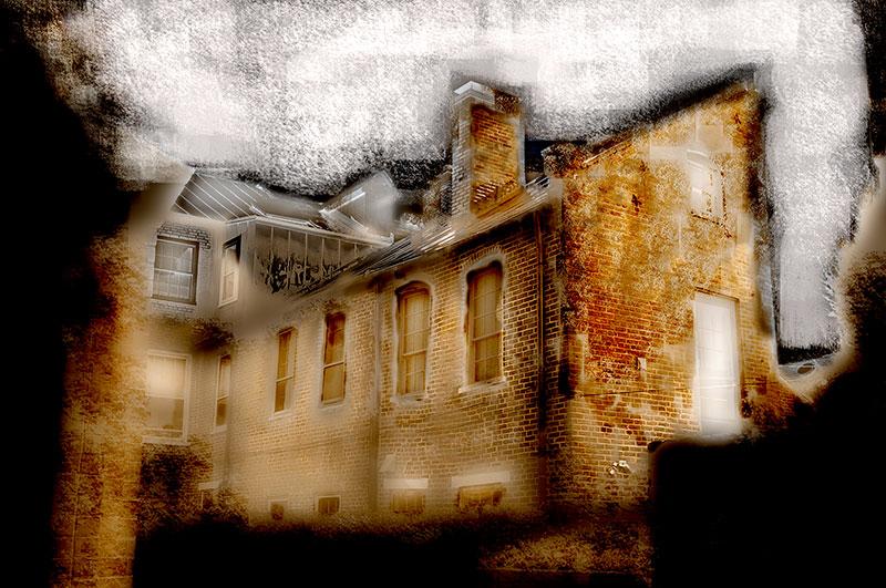 beautiful_old_house.jpg