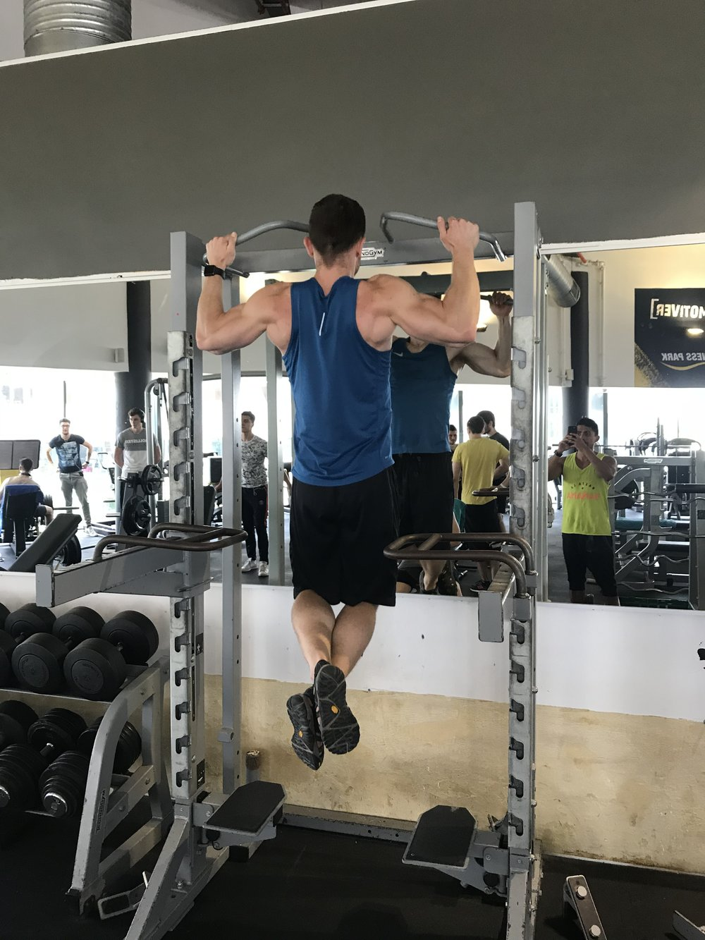 WIDE GRIP PULL-UP