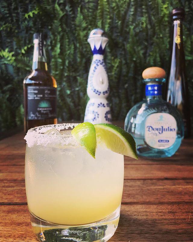 What's your favorite #tequila ? . . . #mondaymood #instadrinks #margarita #happyhour @ceremonybar #thevalley #drink #studiocity #ceremonybar